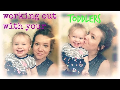 Working out with your Toddler | Outside | stay at home mom