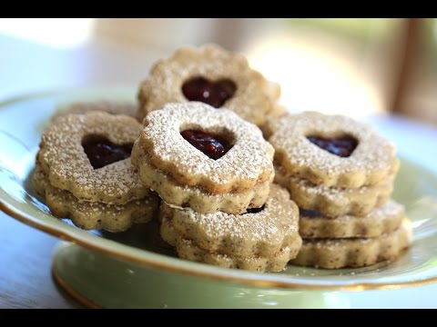 Beth's Linzer Cookie Recipe for Valentine's Day | ENTERTAINING WITH BETH