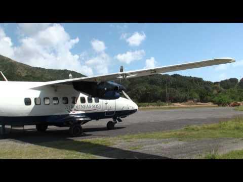 HD, Boarding Sosa Airlines flight from Guanaja to Roatan, Bay Islands, Honduras