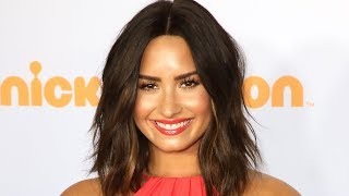 Demi Lovato LEAVES Rehab & HOLDS HANDS With Fashion Designer
