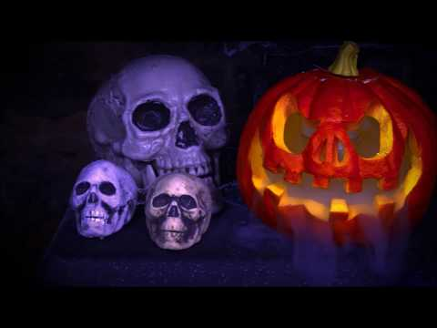 How To Use Dry Ice Fog Effect For Halloween - By ChilliStick