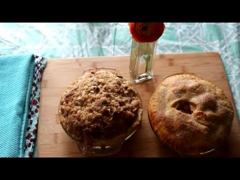 Dutch Apple Pie: Dough, Filling, and Crumble