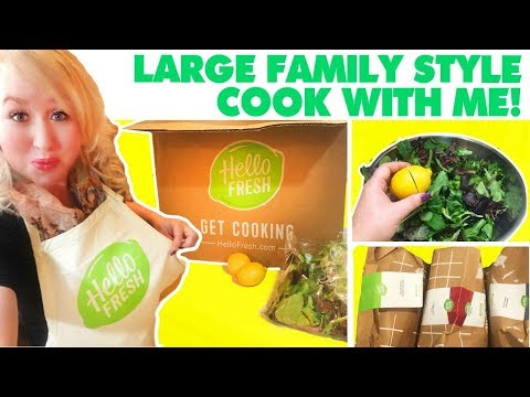 Large Family Cooking | Baked Chicken, Salad, Roasted Potatoes - HelloFresh Unboxing & Cooking!