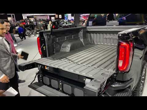 GMC Electric Tailgate With Stereo