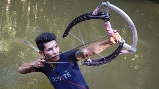 How To Make Powerful Double Bowfishing From Giant Bike Wheel | Wheel Bowfishing VS Huge Fish