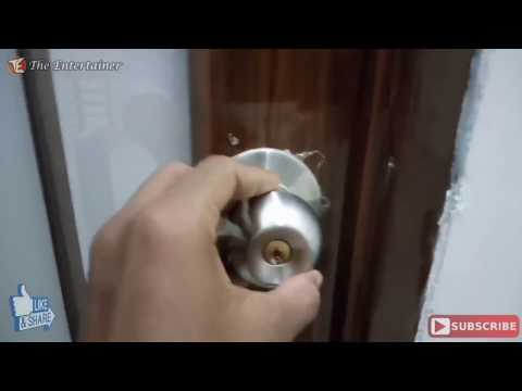 How To Unlock A Door Lock Using A Credit Card !!!