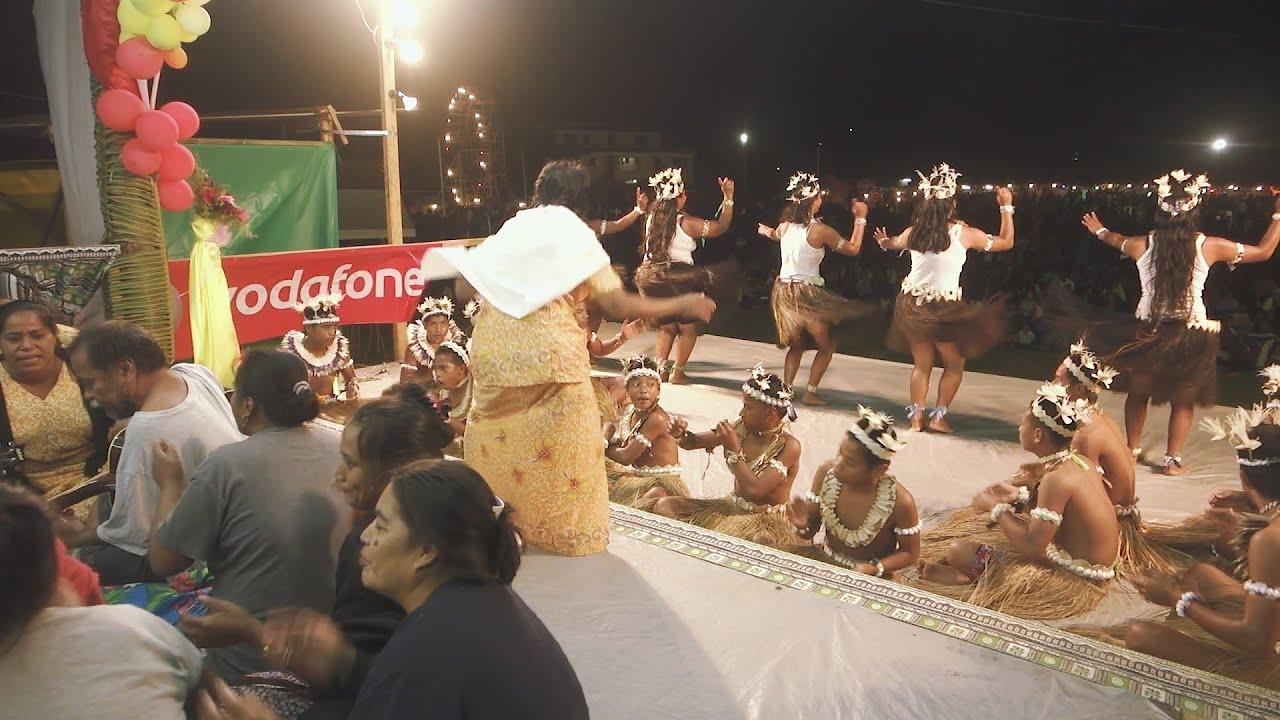 Rabi Islanders perform in Fiji @ Savusavu Open Day Festival 2015