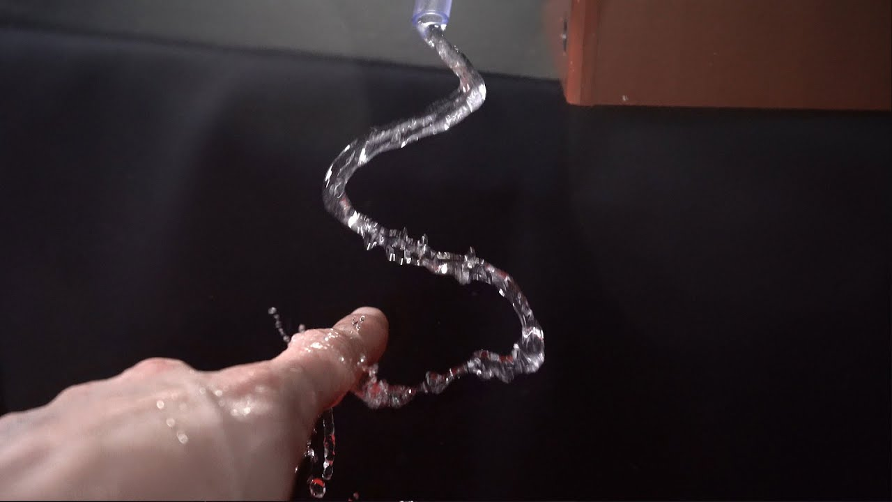 16 amazing Water Tricks & Experiments