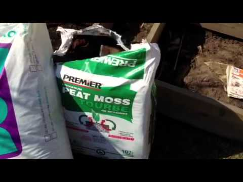 Raised Garden Bed Soil Mix for Growing More Vegetables in a Small Back Yard