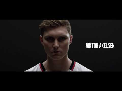 Viktor Axelsen & The DUORA Z-STRIKE