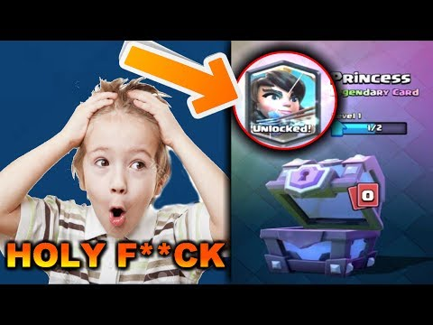 TOP 5 MOST FUNNIEST REACTIONS FROM KIDS GETTING A LEGENDARY CARD IN CLASH ROYALE!