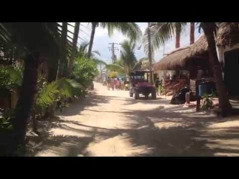MEXICO / ISLA HOLBOX / TULUM / MERIDA / CANCUN / PLAYA DEL CARMEN / YUCATAN