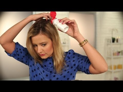 How to Make Your Own DIY Dry Shampoo | DIY Beauty | Beauty How To