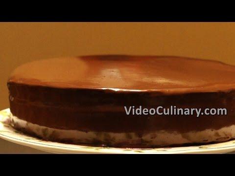 Chocolate Ganache Recipe & How to Glaze a Cake