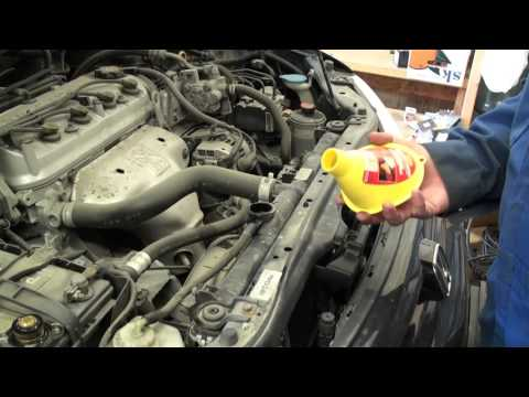 DIY 1998 - 2002 Honda Accord Coolant Change - Drain and Fill