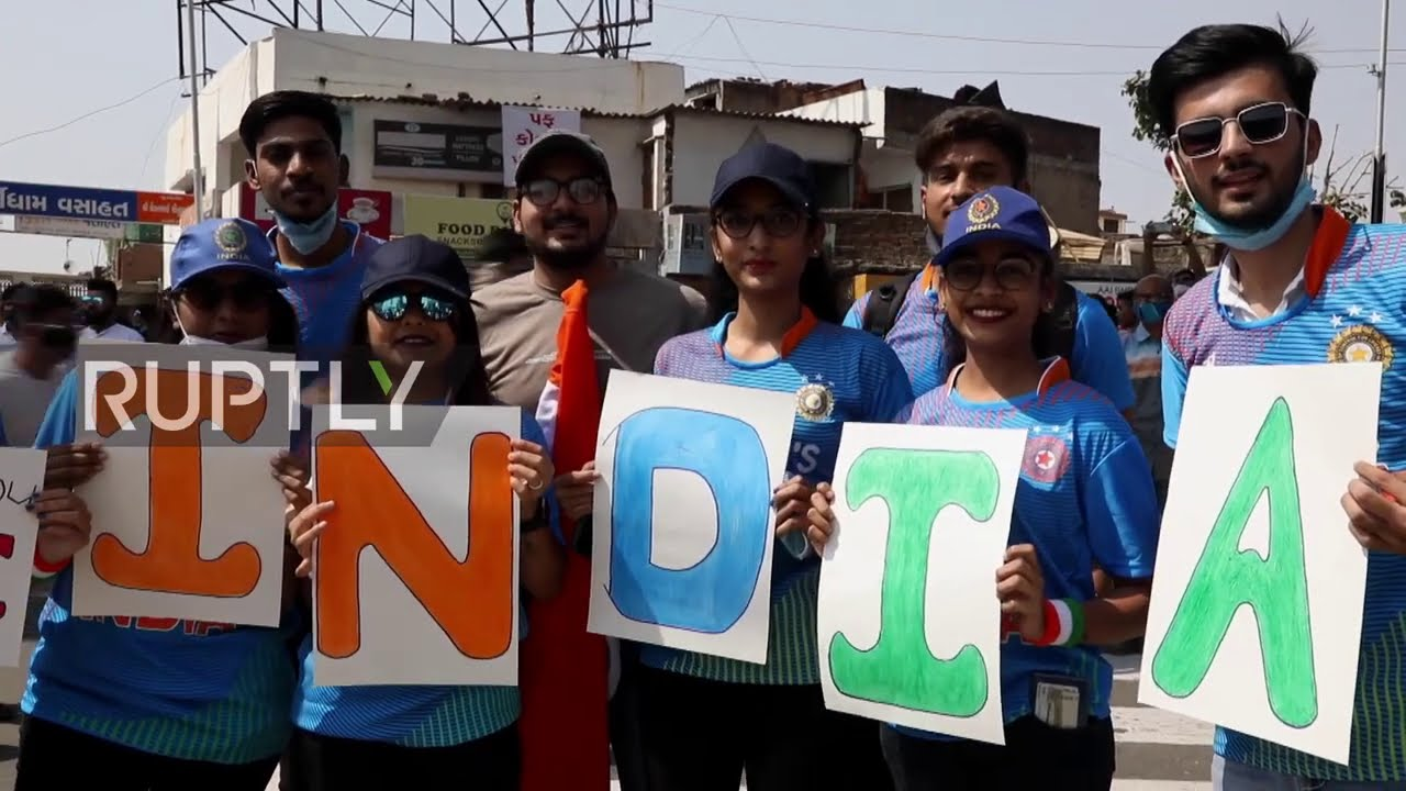 """India takes on England in world""""s biggest cricket stadium in Ahmedabad"""