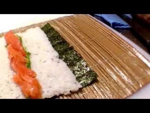 Sushi【How to make a Salmon avocado roll】tips,recipe・サーモンロール
