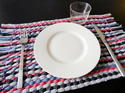T-shirt Yarn Tablecloth Tutorial