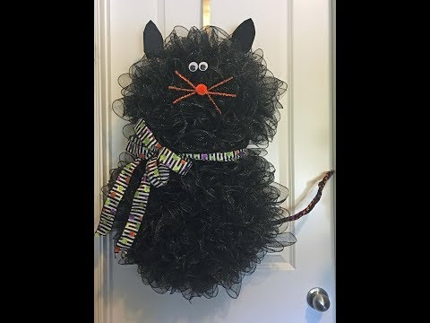 How to make a deco mesh cat wreath for Halloween