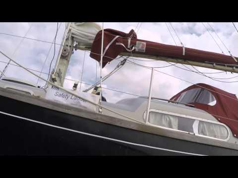 2015 Summer Cruise Ep1: Scrubbing the Bottom