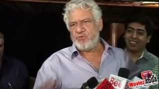 Actor Om Puri Sings A Punjabi song !