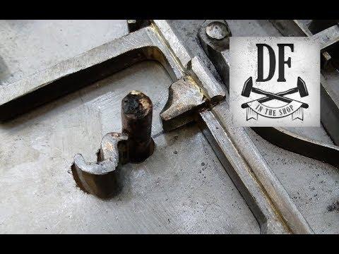 Blacksmithing Project - A Simple Nuremberg Box 18
