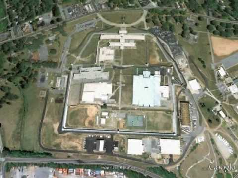 Atlanta Federal Prison - Georgia - Google Earth