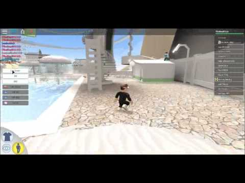 ROBLOXIAN WATER PARK FREE VIP AND LIFE GUARD GLITCH! FREE!