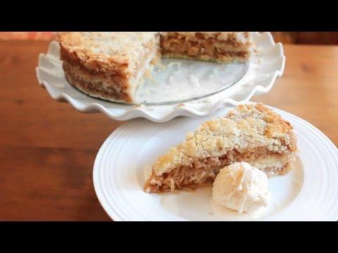 Apple Crumble Cake | SweetTreats
