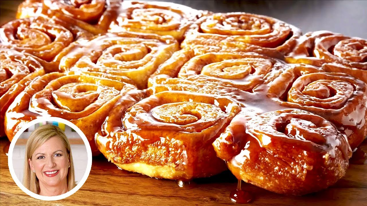 Professional Baker Teaches You How To Make CINNAMON BUNS!