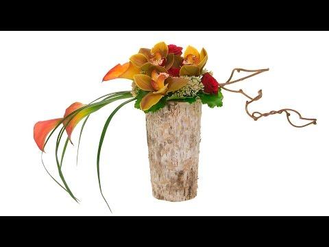Horizontal Linear Floral Design