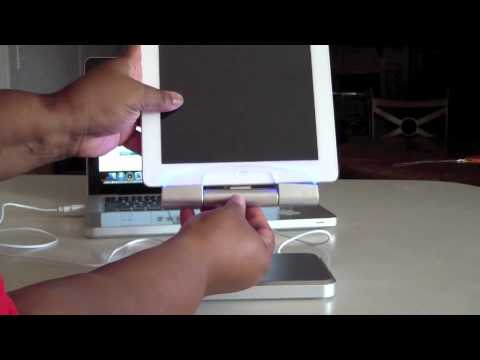 iPega Charging Stand for the iPad 2/3