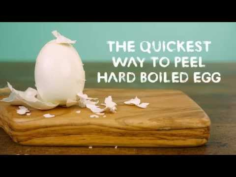 How to Quickly Peel a Hard Boiled Egg