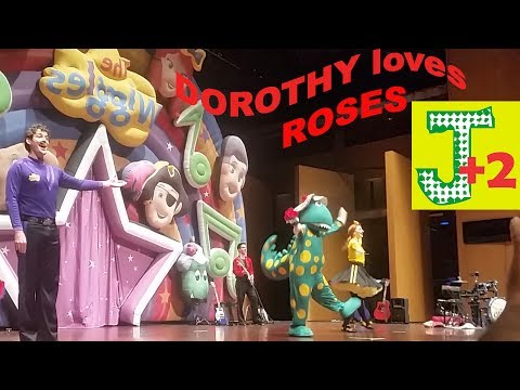 The Wiggles Dorothy the DINOSAUR LOVES ROSES and  DANCE BALLET