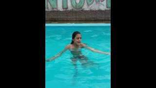 Desafio da piscina laura e emily