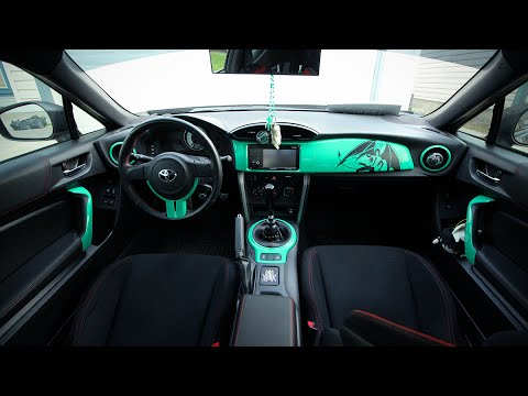 Vinyl Wrapping Interior of the Scion FRS/Toyota GT86