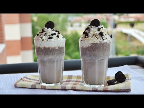 Oreo Vanilla Ice Cream Milkshake - Easy Homemade Oreo Milkshake Recipe