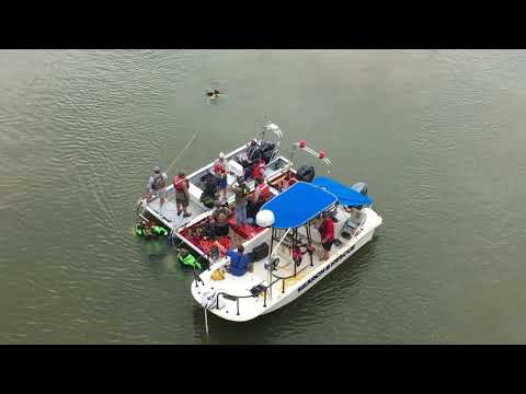 Divers locate truck submerged in the Coosa River in Gadsden