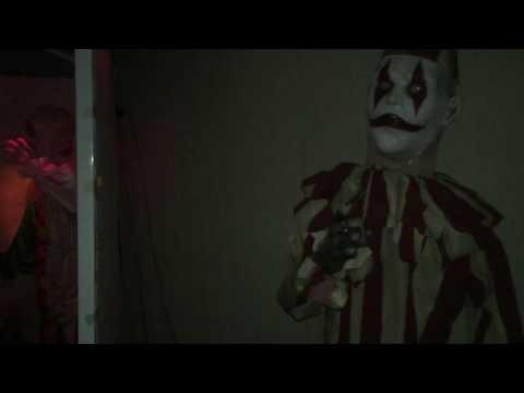 DIY Halloween Haunted House Clown Tent