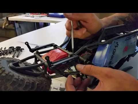 SNOWMOD RC - AXIAL BOMBER(RR10) Rear Sway Bar Install