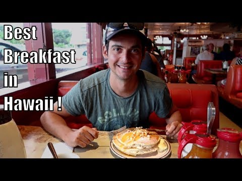 😝 INSANE 24-Hour Pancake House in Hilo (Hawaii Travel Guide)