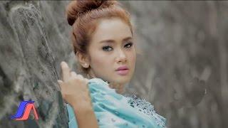 Pernikahan Dini - Cita Citata (Official Music Video)