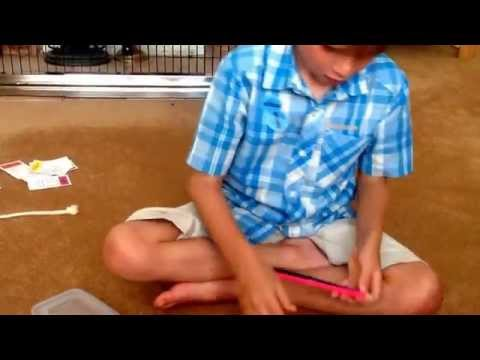 Quick way to make Simple band loom bracelets on two pencils. By Alex Paull.