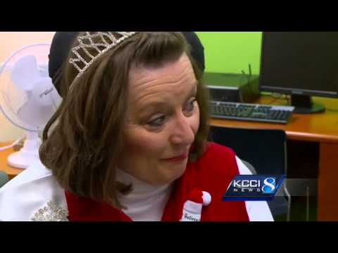 Teen gets visit from Ms. Wheelchair Iowa