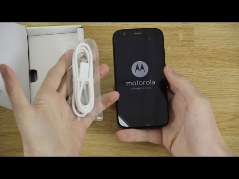 Motorola (Moto) G Unboxing, First Look, and 4.4.2 KitKat Update!
