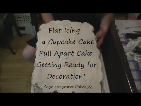 How To Flat Ice A Cupcake Pull Apart Cake | Chox Decorates Cakes #20