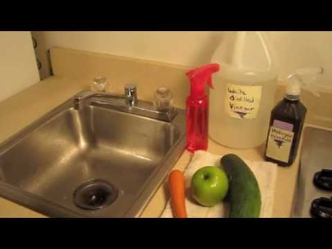 HOW TO MAKE  HOMEMADE VEGGIE WASH -- (Nontoxic and Cheap!)  ✅