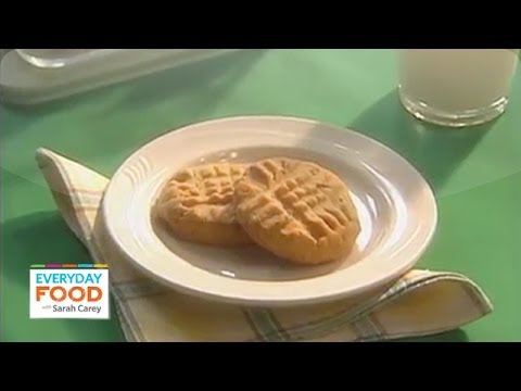 Sarah's Simple Peanut Butter Cookie Recipe  - Everyday Food with Sarah Carey