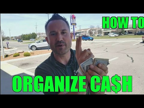How to Organize Cash in Your Pocket - My Embarrasing Money Story