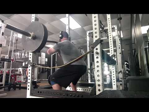 Brutal Iron Gym - Controlled Pace Reps - 3-count Example on Front Squats